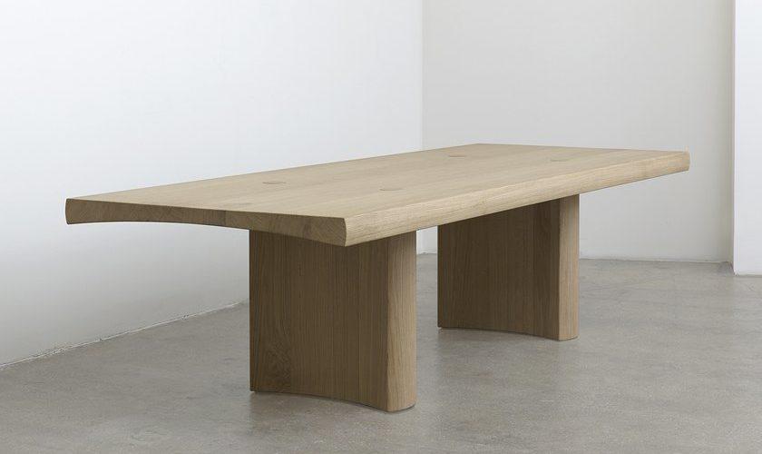 Barber & Osgerby dessinent la table Hakone pour la Galerie Kreo