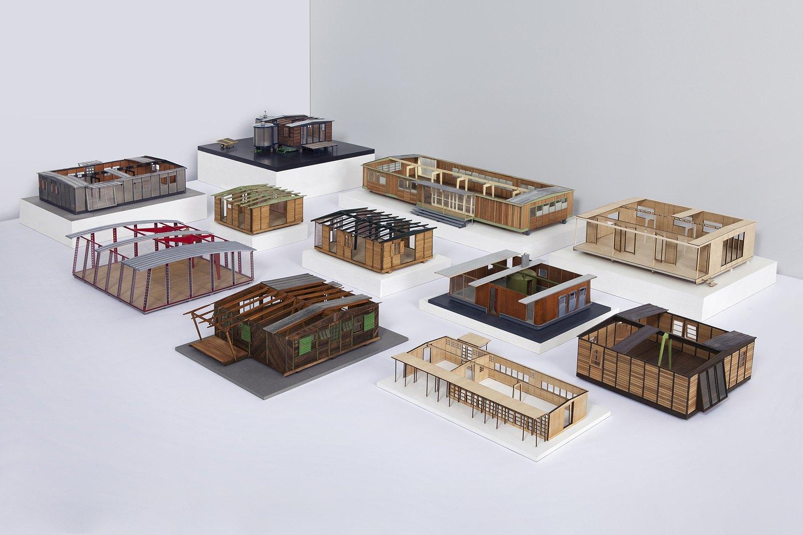 12 architectures d montables de jean prouv intramuros. Black Bedroom Furniture Sets. Home Design Ideas