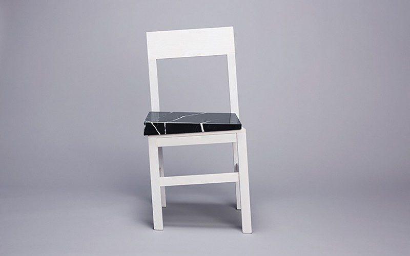 Slip Chair, pour une parfaite illusion, par Snarkitecture !