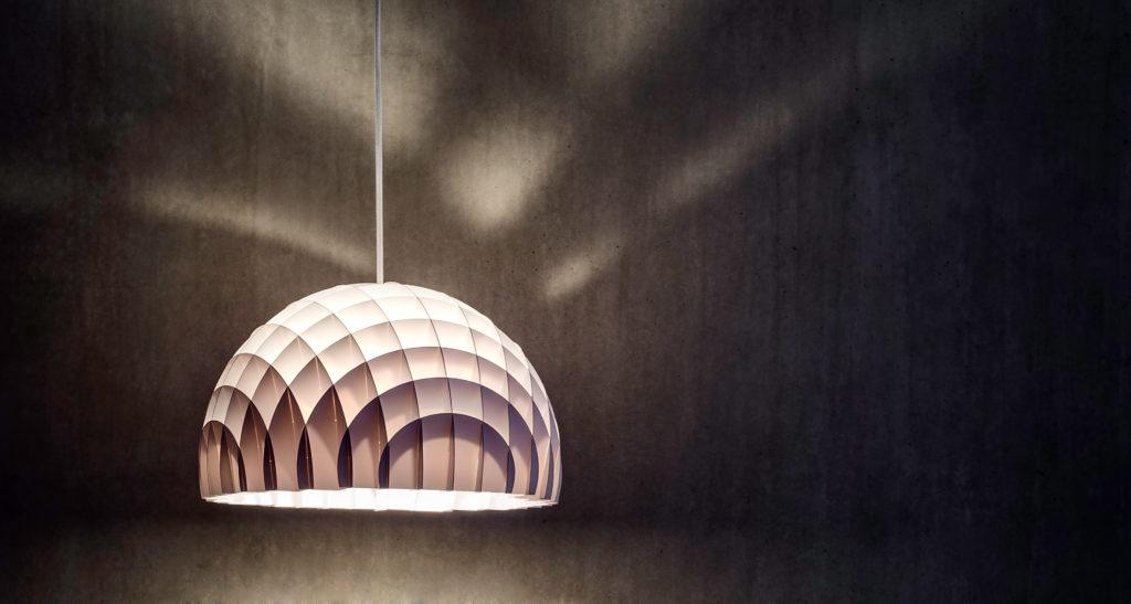 arc_white_lampe_blanche_suspension_lawa_design