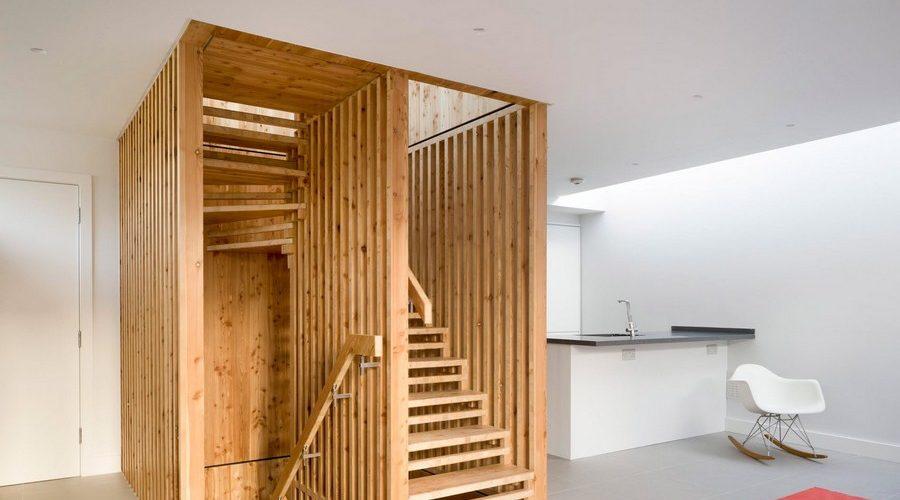 Un escalier sur mesure pour cette maison londonienne !