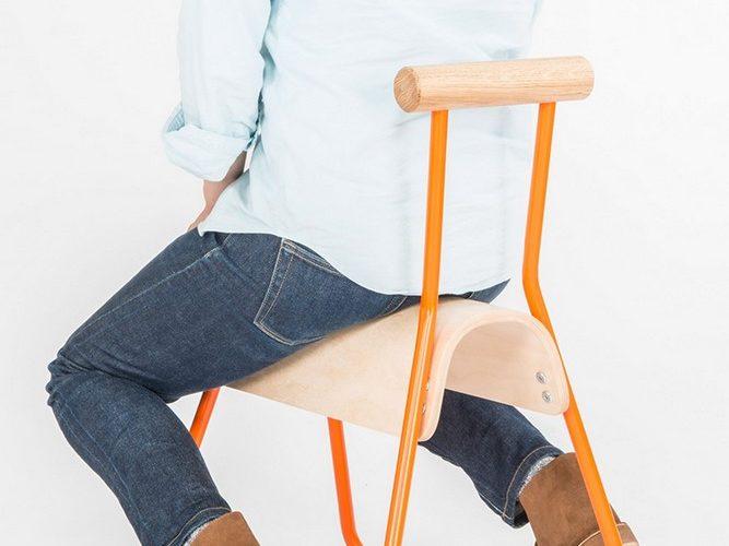 Masahiko Ito repense la chaise scolaire avec Saddle Seat