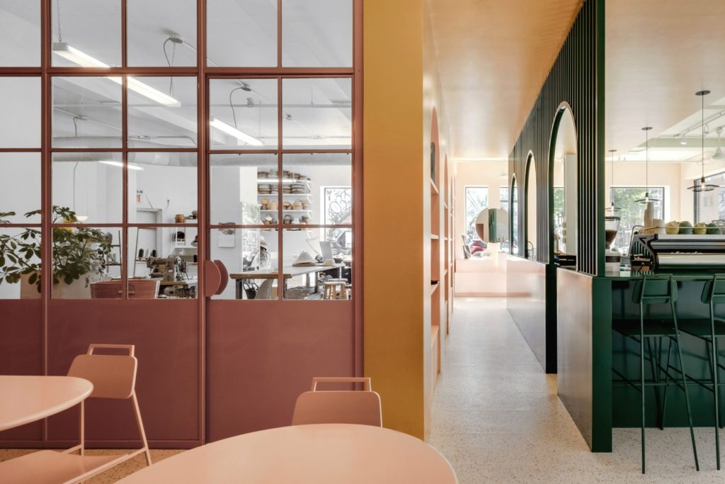Appareil_architecture_cafe_boutique_atelier_artiste_montreal_pastel_rita_rose_vert_jaune