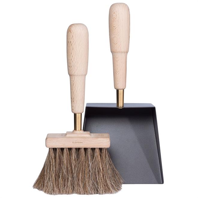 shovel_brush_emma_desing_scandinve_pelle_brosse_cheminée_feu_eldvarm