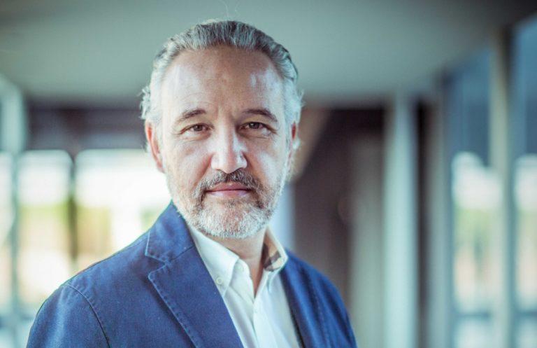 """Carlo Urbinati : """"Foscarini met désormais l'accent sur   l'impact de la lumière dans la vie de chacun"""""""