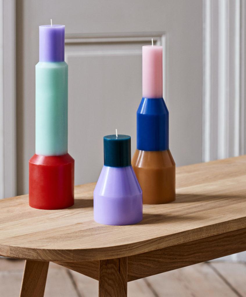Les bougies colorées Pillar par Lex Pott