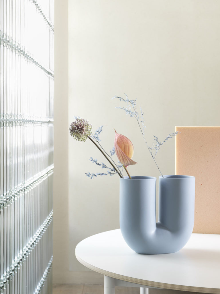 Le vase Kink d'Earnest Studio