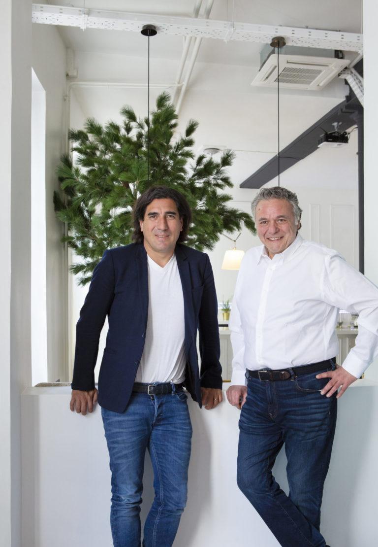 MOORE Design annonce l'acquisition de CEB